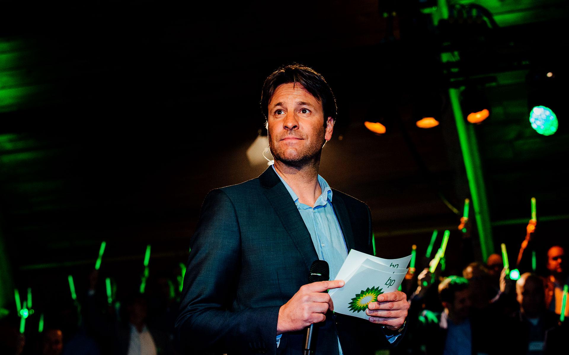 Bp dealevent host Victor Brand